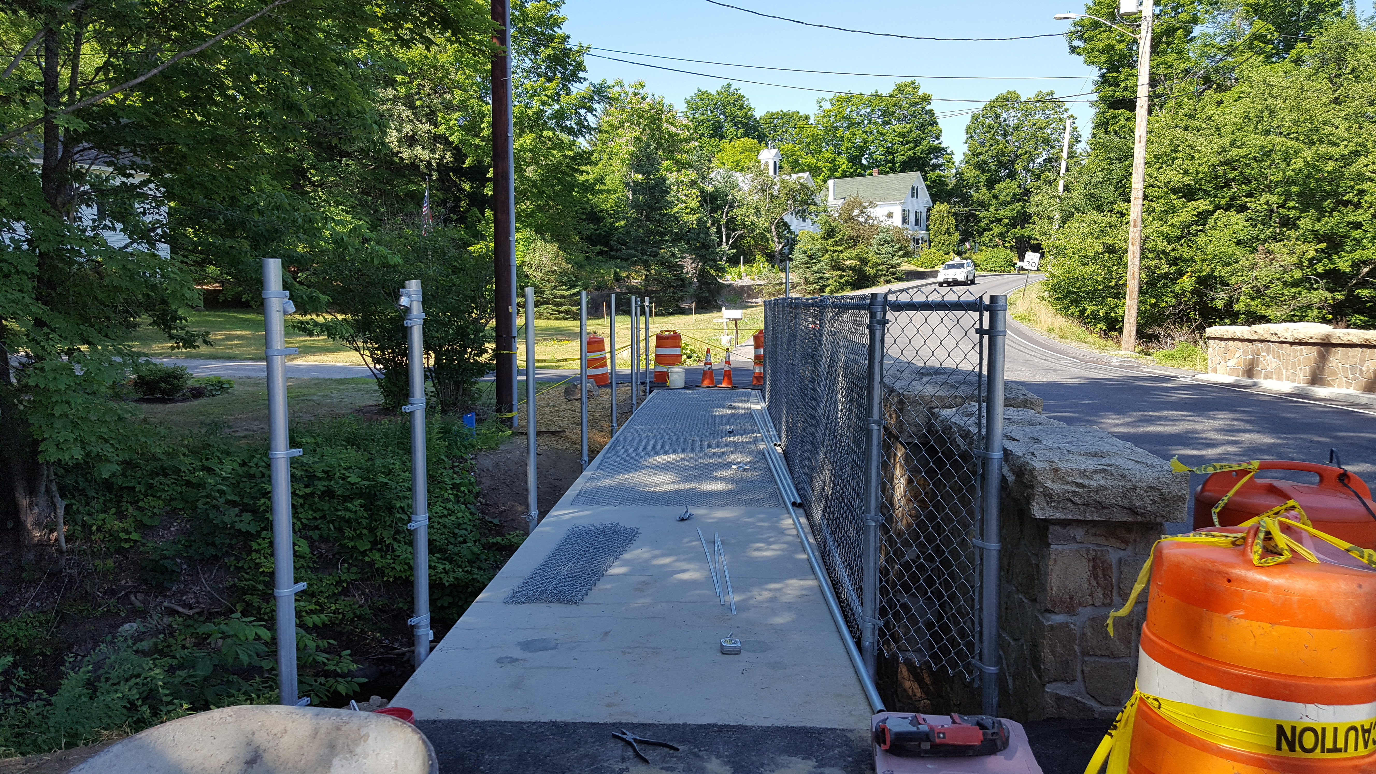 Pleasant St bridge fencing 6 Jul 16 3