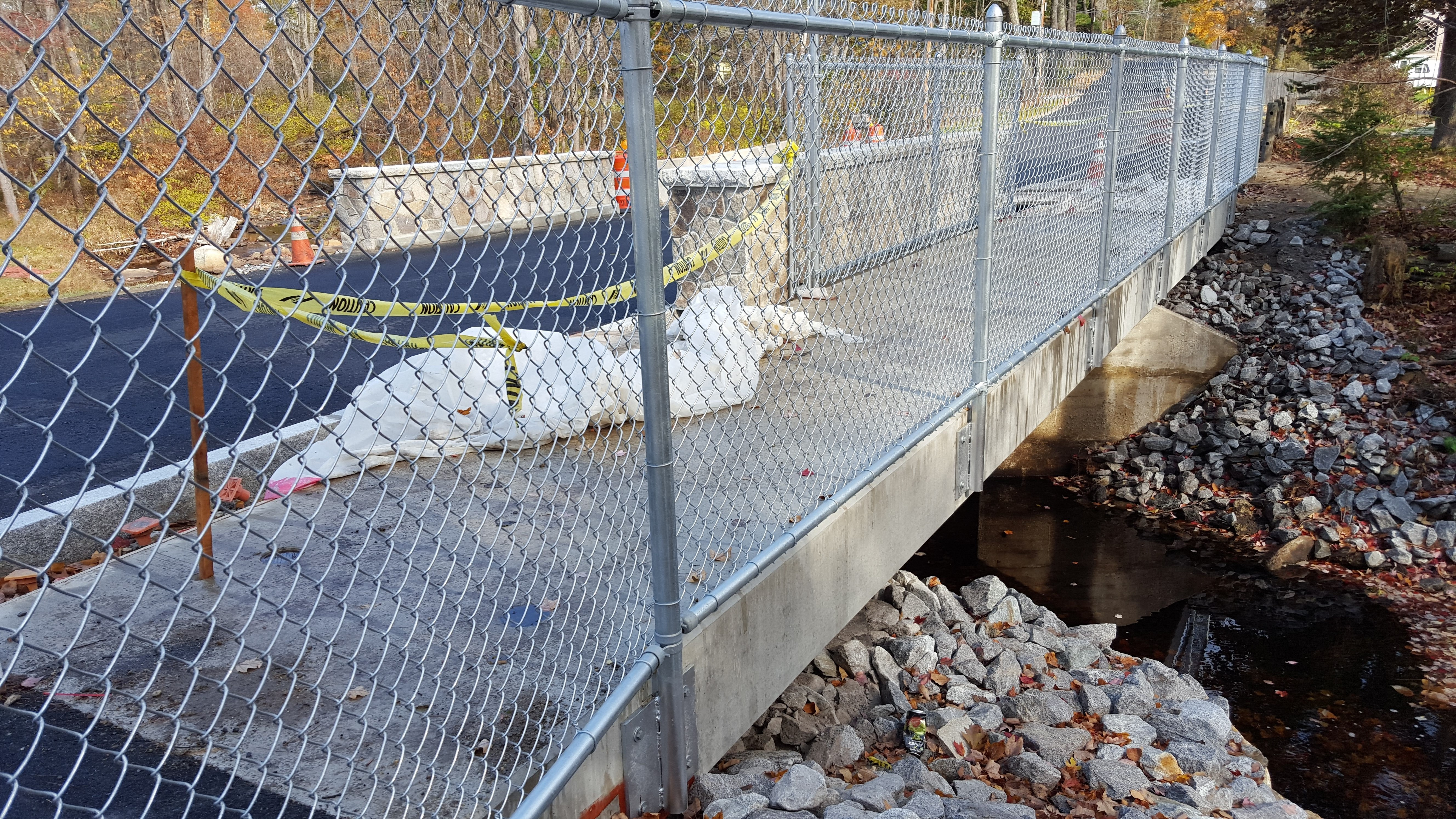 NBR Bridge fencing and curb closeups Oct 22 2015 3
